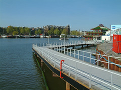 View over the Oosterdok water and the temporarily footpath along the border; Amsterdam 2005, geotagged photo by Fons Heijnsbroek (Amsterdam city photos, geotagged) Tags: 2005 city water dutch amsterdam geotagged photography photo cityscape photographer waterfront view outdoor free oosterdok heijnsbroek