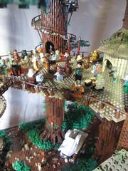 Ewokdorf - Feier 02 (KW_Vauban) Tags: starwars lego endor ewokvillage episodevi thereturnofthejedi