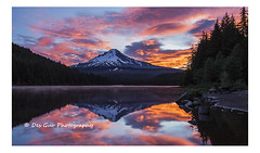 Mount Hood and Trillium Lake at Sunrise, Oregon (PhotoDG) Tags: cloud sun lake color reflection water fog oregon sunrise landscape wideangle mthood hood mounthood trilliumlake sevenwondersoforegon
