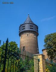 Leipzig, Olbrichtstrae 9, Wasserturm (joergpeterjunk) Tags: leipzig olbrichtstrase wasserturm gebude outdoor architektur canoneos50d canonefs1022mmf3545usm