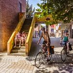 Louvain-La-Neuve - Place Galilée - rue des Wallons thumbnail