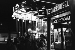 One day in Paris #05 - Le Carrousel (Laszlo_Gerencser) Tags: blackandwhite bw paris ar noiretblanc tc push 100 konica pushed 1840 autoreflex fujicolor blancetnoir hexanon 100400