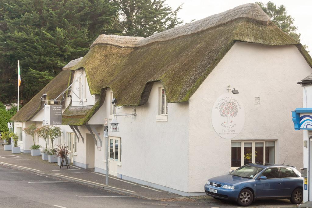 The Stillorgan Orchard Pub - Stillorgan Village Ref-100099