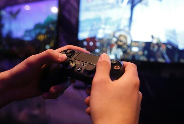 Hacker legten Xbox Live und PlayStation Network (PSN) mit DDoS-Angriff lahm