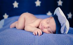Sebastin Colmenares (anyulled) Tags: blackandwhite bw baby white black blancoynegro parents newborn bebe reciennacido noveaune