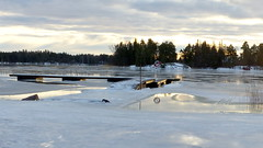 Hanikka swimming place in December (Espoo, 20141231) (RainoL) Tags: winter sea snow espoo finland geotagged december balticsea u fin seashore 2014 uusimaa nyland esbo hanikka 201412 20141231 geo:lat=6012815908 geo:lon=2469242692