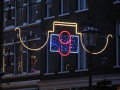 AMSTERDAM Nov 2014 (streamer020nl) Tags: streets holland netherlands amsterdam night evening nederland illumination 9 nl centrum niederlande 2014 verlichting feestverlichting straatjes wolvenstraat 131114 13nov2014