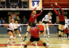 Anna Dorn takes a swing . . . (RPahre) Tags: illinois swing universityofillinois volleyball champaign theohiostateuniversity dig huff ohiostateuniversity huffhall elizabethcampbell annadorn andreakacsits erinsekinger