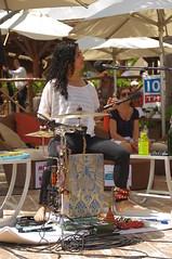 unbekannt 14 (barefootmusicians) Tags: musician feet stage performance barefoot singer performs