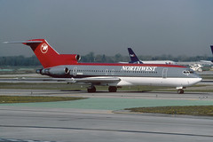 N290US.DTW030499copy (MarkP51) Tags: boeing airliner dtw northwestairlines detroitmetro b727200 aviationphotography n290us boeingb727200