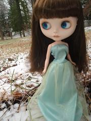"""Laurel in her """"Elsa"""" dress"""