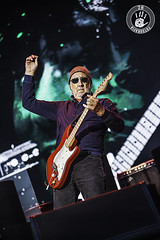 The Who_01@Mad Cool Fest (2H Photography) Tags: madrid espaa music apple rock canon concert spain mac gig concierto pop bolo msica thewho f28 iso1600 petetownshend sigma15mmf28exdgfisheye livemusicphotography canonef70200lf4 cajamgica canoneos5dmarkii canoneos7d popular1 canonef2470mmlf28 wwwhectorvilaes 2hphotography adobephotoshopcc www2hfotografiacom adobelightroomcc madcoolfest