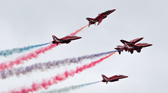 Roll...GO! (The Crewe Chronicler) Tags: canon aircraft airshow reds redarrows raf aerobatics thereds airdisplay rafcosford theredarrows lserieslens rafcosfordairshow canon7dmarkii