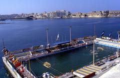 Malta Valetta Public Pool (gerard eder) Tags: world travel pool sport swimming europa europe schwimmen outdoor malta swimmingpool viajes reise natacin publicpool valetta lavaletta schwimmwettbewerb