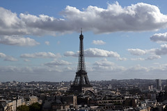 Uno sguardo alla Torre Eiffel dall'Arco di Trionfo - A look to the Eiffel Tower from Arc de Triomphe (Bluesky71) Tags: panorama paris france tower landscape town torre eiffeltower torreeiffel francia arcdetriomphe citt parigi arcoditrionfo