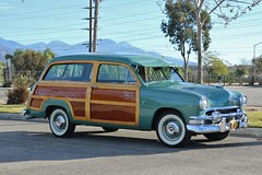 HCCA 60th Holiday Motor Excursion (USautos98) Tags: ford wagon woody 1951 woodie countrysquire