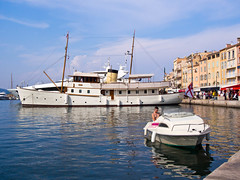 bluebird.jpg (stevestead) Tags: bluebird france luxuryyacht places provence sainttropez subject vehicle boat outdoor ship water waterfront harbour sirmalcolmcampbell gentlemansyacht olympuspenepl5 port cotedazur