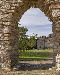 Bayham Abbey 36 (mini-b) Tags: bayhamabbey ruins englishheritage 13th15thcentury frant eastsussex canon eos5dmkii ef28300mm3556lisusm 2016