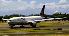 N214UA  Boeing 777 United Airlines (Prayitno / Thank you for (12 millions +) view) Tags: blue sky cloud plane airplane island hawaii airport oahu aircraft united sunny international cumulus hi honolulu boeing airlines 777 ual ua hnl boeing777 konomark n214ua