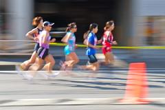 WOMEN'S RACE (kana hata) Tags: road street people women marathon run runners yokohama 2014