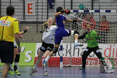 "EHF Damen Deutschland vs. Rumänien 30.11.2014 008.jpg • <a style=""font-size:0.8em;"" href=""http://www.flickr.com/photos/64442770@N03/15730029507/"" target=""_blank"">View on Flickr</a>"
