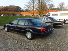 Veenhuizen: Armoured Cars (harry_nl) Tags: netherlands car nederland mercedesbenz bmw 7series 2014 sclass armoured 7er sklasse veenhuizen prisonmuseum gevangenismuseum