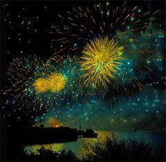 HaPPy New Year 2015…! Thank You for your inspiration ….)No- 8808. (Izakigur) Tags: izakigur flickr happynewyear2015 nikon nikond700 green yellow gold vangogh schweiz feel myswitzerland europe liberty europa swiss lepetitprince vincentvangogh musictomyeyes happy lasuisse svizzera happynewyear fireworks feudartifice reflection neuchatel lacdeneuchatel switzerland boat lac lake light night izakigur2014 100faves dieschweiz 500faves nikkor2470f28 600faves suiza سويسرا suíça suisse ilpiccoloprincipe thelittleprince wasser acqua מים ماء