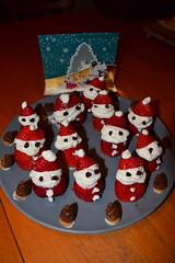 Haruna's Santa Claus Legion (jjldickinson) Tags: food fruit dessert strawberry berry chocolate cream whippedcream longbeach santaclaus wrigley nikond3300 promaster52mmdigitalhdprotectionfilter 101d3300 nikon1855mmf3556gvriiafsdxnikkor
