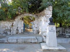 Entre de la mosque, Dzce (Raymonde Contensous) Tags: turquie dzce seferihisar mosques mosquededzce