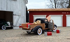 1937 Studebaker Coupe Express Pickup Truck - Snap-On Tools (JCarnutz) Tags: pickuptruck studebaker 1937 diecast 124scale coupeexpress crownpremium