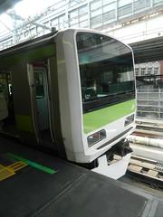 E231 (3) (Transrail) Tags: tokyo emu yamanoteline jreast e231 electricmultipleunit tokaidomainline eastjapanrailwaycompany kawasakiheavyindustries tokyucarcorporation