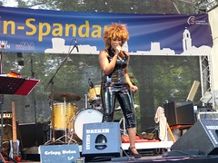 Coco Fletcher as Tina Turner, Spandauer Havelfest - 11 June 2016 (gudrunfromberlin) Tags: berlin openair havel spandau tinaturner havelfest starsinconcert cocofletcher