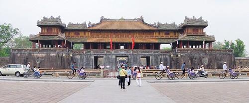 hue - vietnam 6
