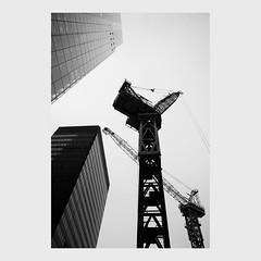 undershaft (pete gardner) Tags: uk constructioncranes cityoflondon undershaft 28mmf2 zeissdistagon cheesegraterbuilding withkityoung