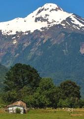 Volcan Yates,Puelo,patagonia Chilena (Gabriel mdp) Tags: volcan yates sur puelo caminos desvio carretera austral decima region chile paisaje landscape nature contrastes nieve cordillera andes