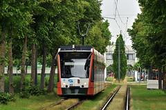 Siemens Combino #828 AVG Augsburg (3x105Na) Tags: germany bayern deutschland siemens tram 828 augsburg strassenbahn tramwaj avg combino niemcy