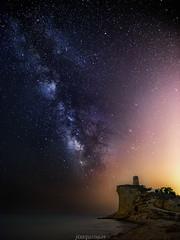 Milky en Cala del Charco (joaquinain) Tags: milky way vía láctea nocturna nightly playa beach seascape paisaje marino larga exposición long exposure olympus omd em1 voigtlander fsuro