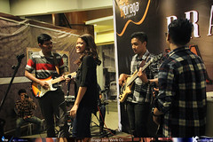 Braga Jazz Walk 6 - Nouveau (5) (jazzuality.com) Tags: nouveau chakraborty indonesianjazz bandungjazzcommunity komunitasjazzbandung bragajazzwalk starvoicesindonesia andrearizky bragajazzwalk06 jazzindonesia risngstarindonesia jazzbandung