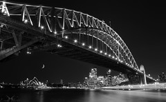 Moonrise at Sydney (Esuna Photo) Tags: bridge bw sydney moonrise