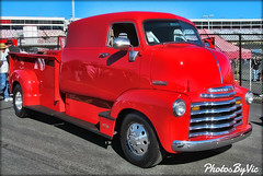 '52 Chevy COE (Photos By Vic) Tags: old red classic chevrolet truck vintage antique pickup chevy vehicle carshow 52 1952