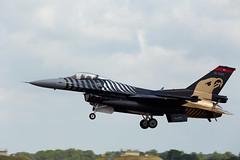 F-16 Falcon (Bernie Condon) Tags: tattoo plane flying fighter aircraft military airshow f16 falcon turkish warplane ffd fairford riat taf airtattoo soloturk riat14
