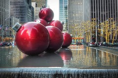 New York, New York [Explore, Jan 2,  2015, #161] (Mariasme) Tags: christmas nyc red fountain baubles