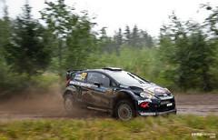 Ford Fiesta RS WRC (Pedro Valiente) Tags: ford rain finland lluvia fiesta rally racing wrc gravel motorsport finlandia tierra competicin nikara jarkkonikara