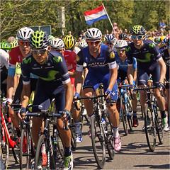 Giro d'Italia 2016 (Foto Martien) Tags: holland netherlands dutch sport nijmegen arnhem nederland geotag apeldoorn a77 gelderland geotagging wielerronde wielrenner racingcyclist corsarosa martienuiterweerd fotomartien slta77v a77v sonyalpha77 geotaggedwithgps tamron70300mmf456sp giroditalia2016 giro2016 grandtourrace sundaymay82016 tappa3nimegaarnhem stage3nijmegenarnhem zondag8mei2016 domenica8maggio2016
