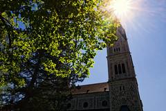 Reflexionen (na◘foto!) Tags: church kirche reflexion sonnenschein strahlen leicaq