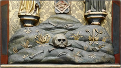 GuessWhereHamburg Scull & Bones (/Reality Scanner/) Tags: germany deutschland death symbol antique religion hamburg historic pirate bones tod scull antik historisch knochen schdel guesswherehamburg bones
