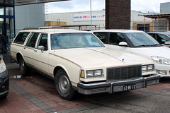 1976 Buick Le Sabre (Davydutchy) Tags: usa classic car america buick sabre le american april frise lesabre friesland stationwagon sneek 2016 frysln frisia snits stationcar stationwagen