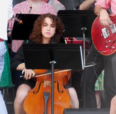 Seattle Rock Orchestra Cellist (jiff89) Tags: seattle music girl june festival rock live sunday band fremont solstice cover cello orchestra 19 2016