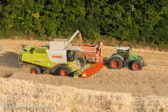 16072015-IMG_7560 (Deschamps productions) Tags: tractor wheat harvest combine harvester tracteur moisson bl fendt claas lexion cestari transbordeur moissonneuse