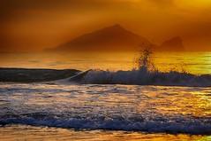 Turtle islaand  (Vincent_Ting) Tags: sunrise waves